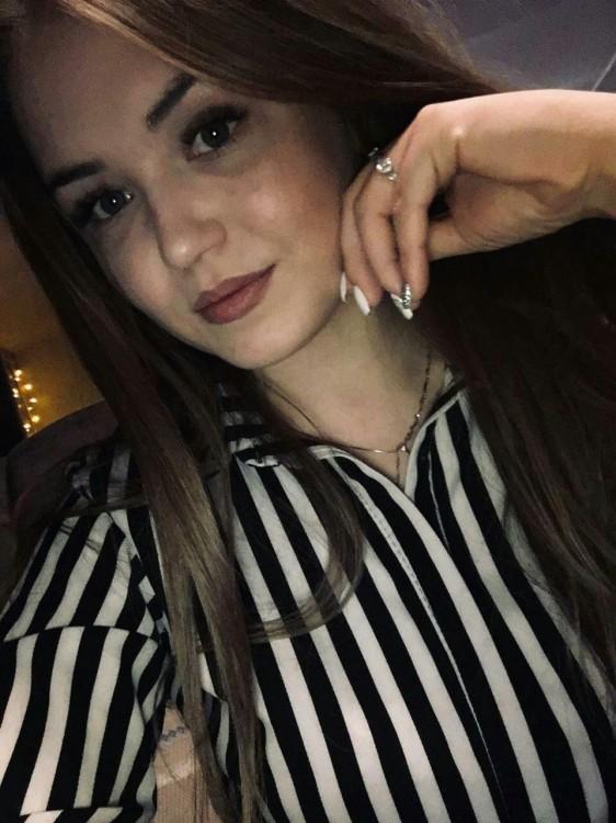 Yuliya russian girls in dubai hotels