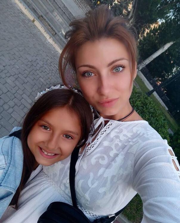 Mariya russian girls in singapore